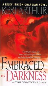 embraced by darkness - ISBN: 9780553589610